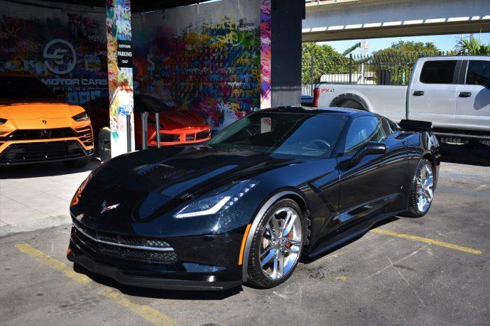 Corvette Stingray Black