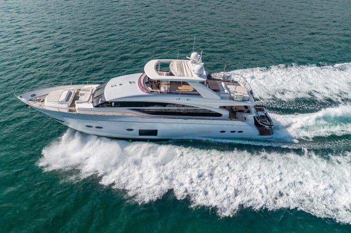Luxury Yacht Rentals in Miami Florida | EMC Exotic Rentals