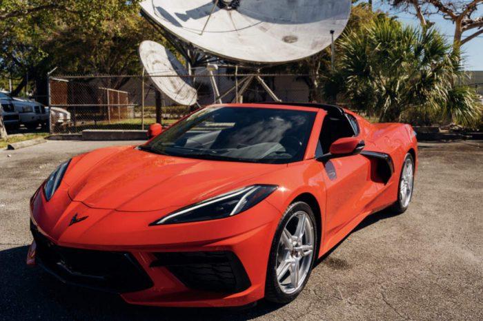 Chevrolet Corvette 2021 Red