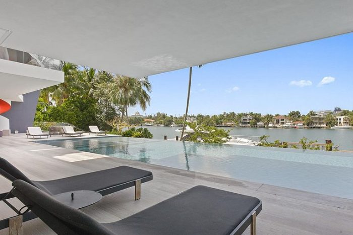 Villa Sonyah – Luxury Waterfront Villa Miami